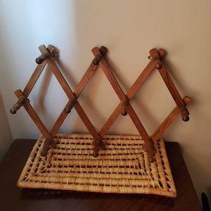 Vintage Wood Accordion Wall Peg Rack - EUC